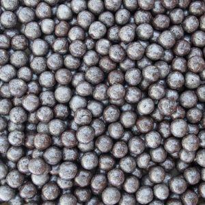 Rijstballen met pure chocolade en zilveren kleur