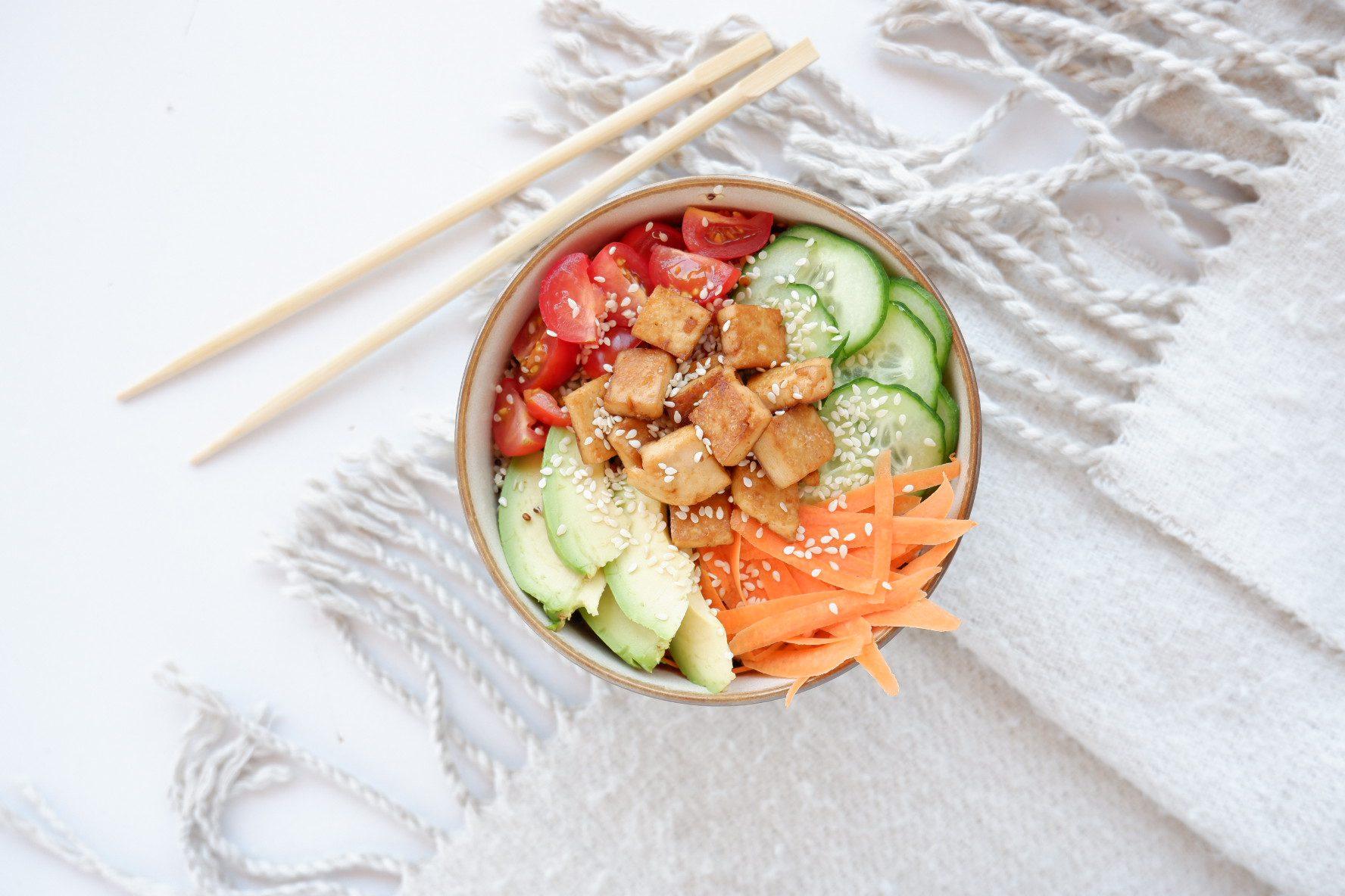 Vegan poké bowl