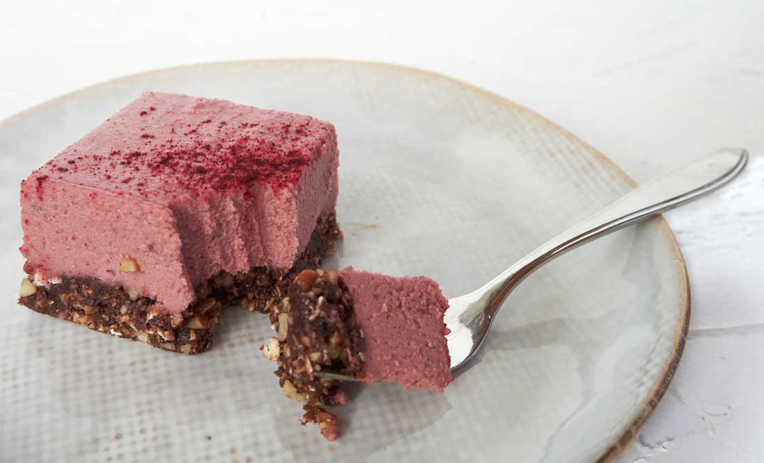 Red-velvet-cheesecake-bites