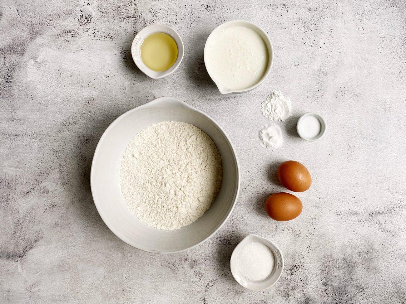Alle ingrediënten voor american pancakes.