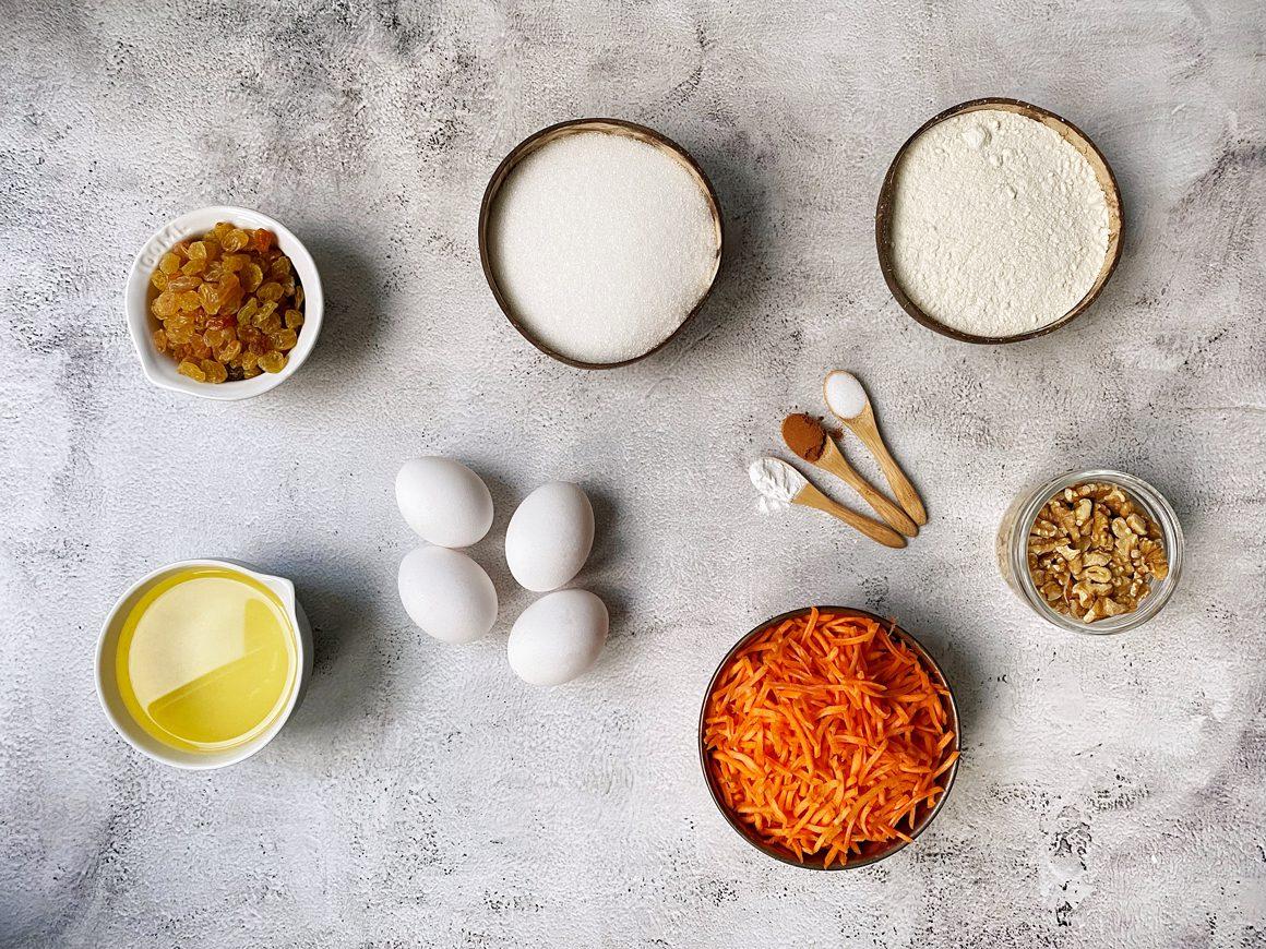 Ingrediënten voor worteltaart