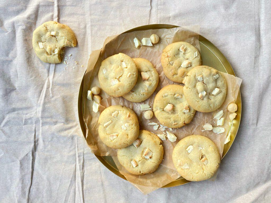 Witte chocolade macadamia koeken