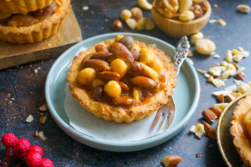 Glutenvrije tartelettes met noten en karamel